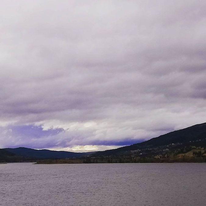 Eventuellt måste jag flytta hit. Till #fotenavfjället #Åre #naturen och alla fina medmänskor där betoningen verkligen ligger på MED. När kan ni börja packa? @jonastomsson